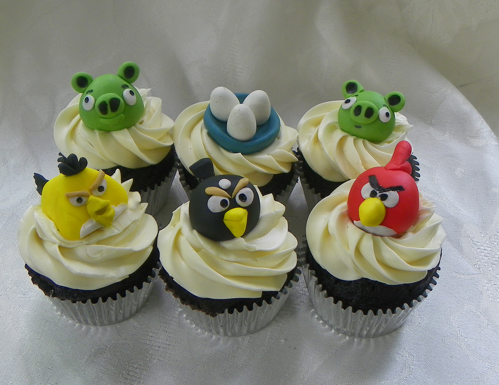 Angry Bird Cup Cakes