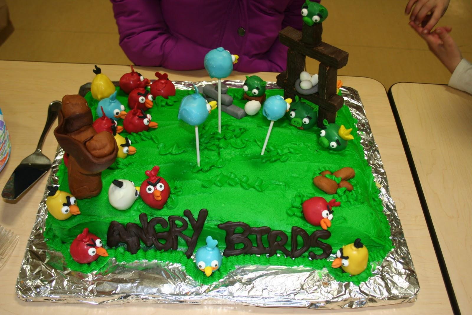 Angry Birds Cakes   Decoration Ideas Little Birthday Cakes