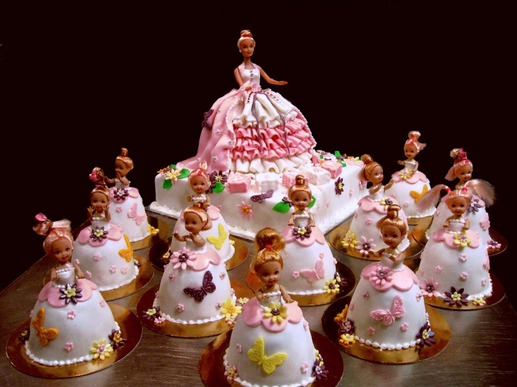Barbie Dolls Cakes