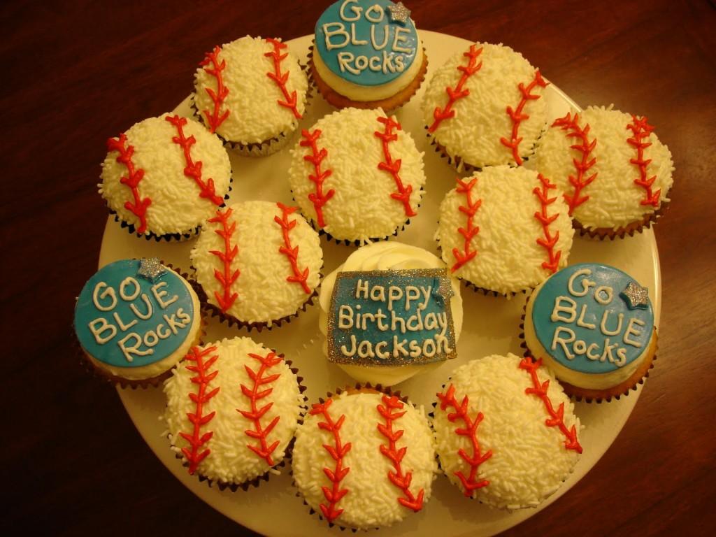 Baseaball Cupcake Cake