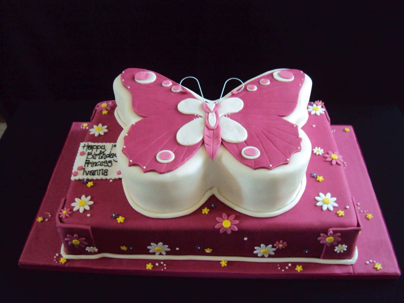 Butterfly Cake Pan Decorating Ideas : Butterfly Cakes   Decoration Ideas Little Birthday Cakes
