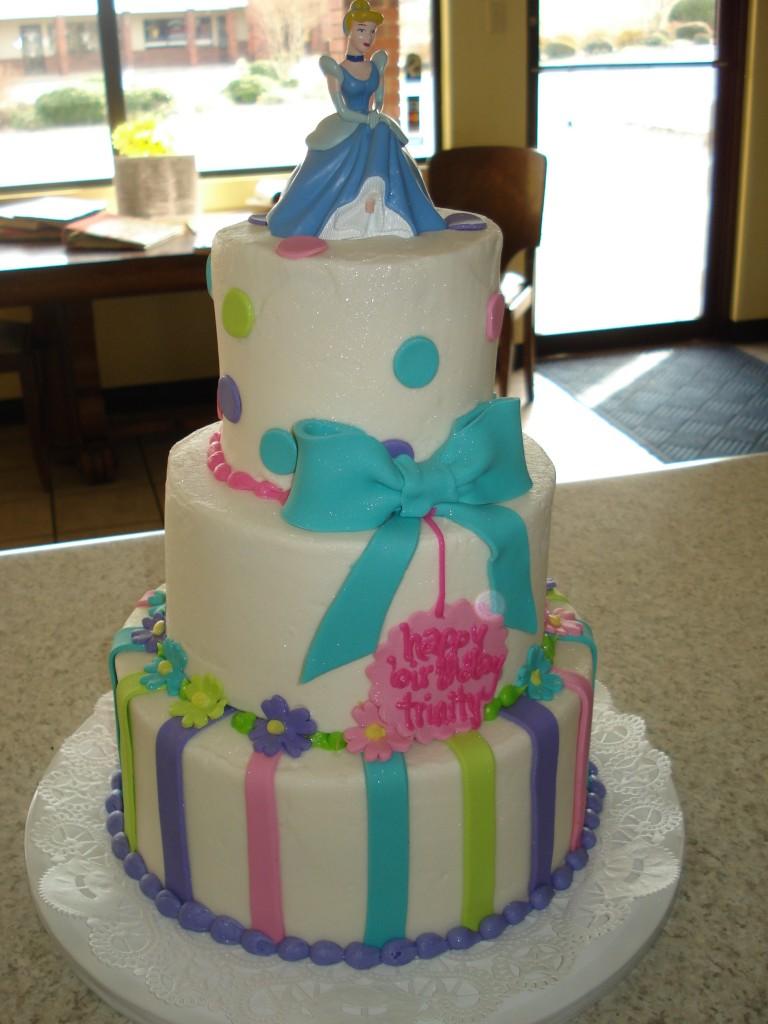 Cinderella Cake Design