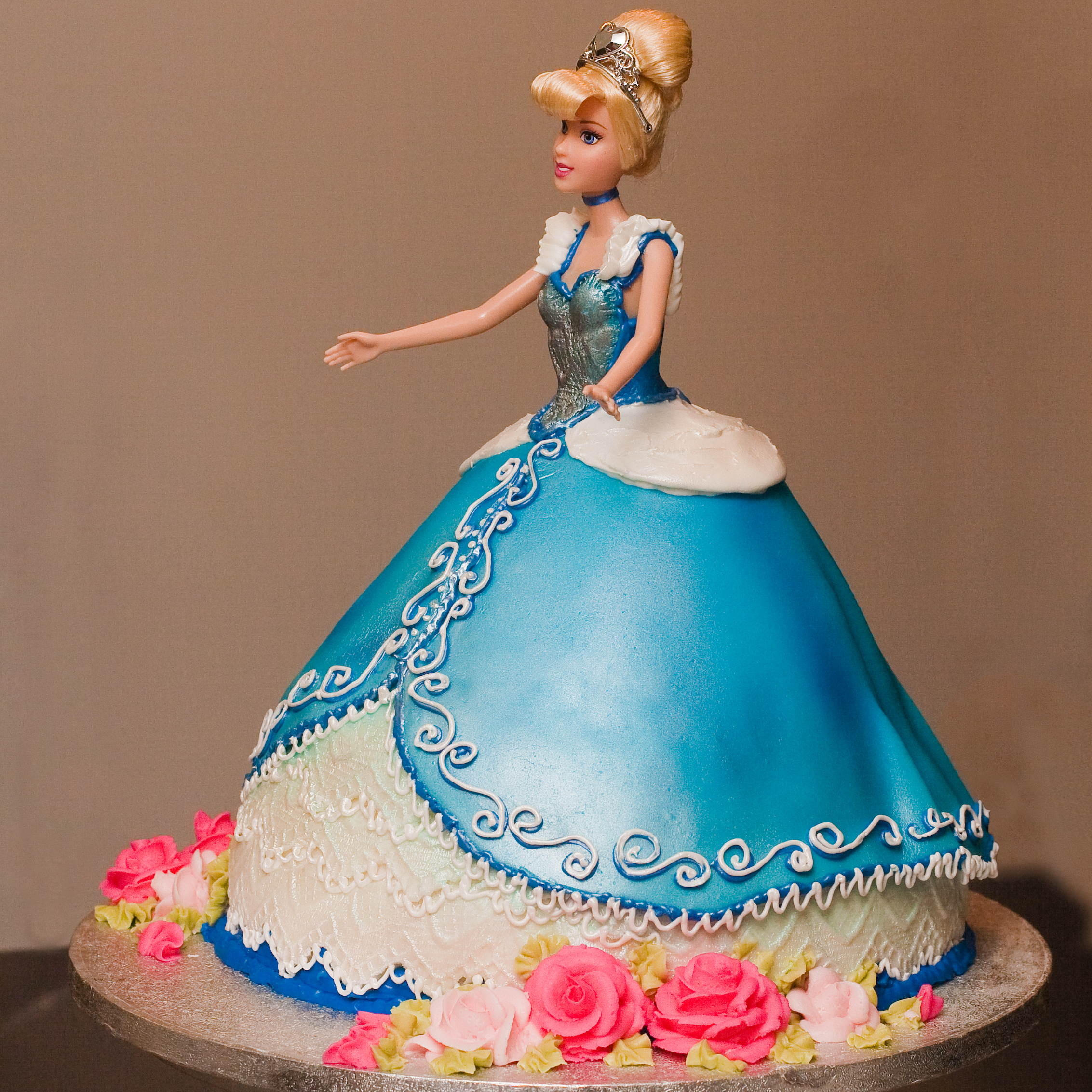 Cake Designs And Images : Cinderella Cakes   Decoration Ideas Little Birthday Cakes