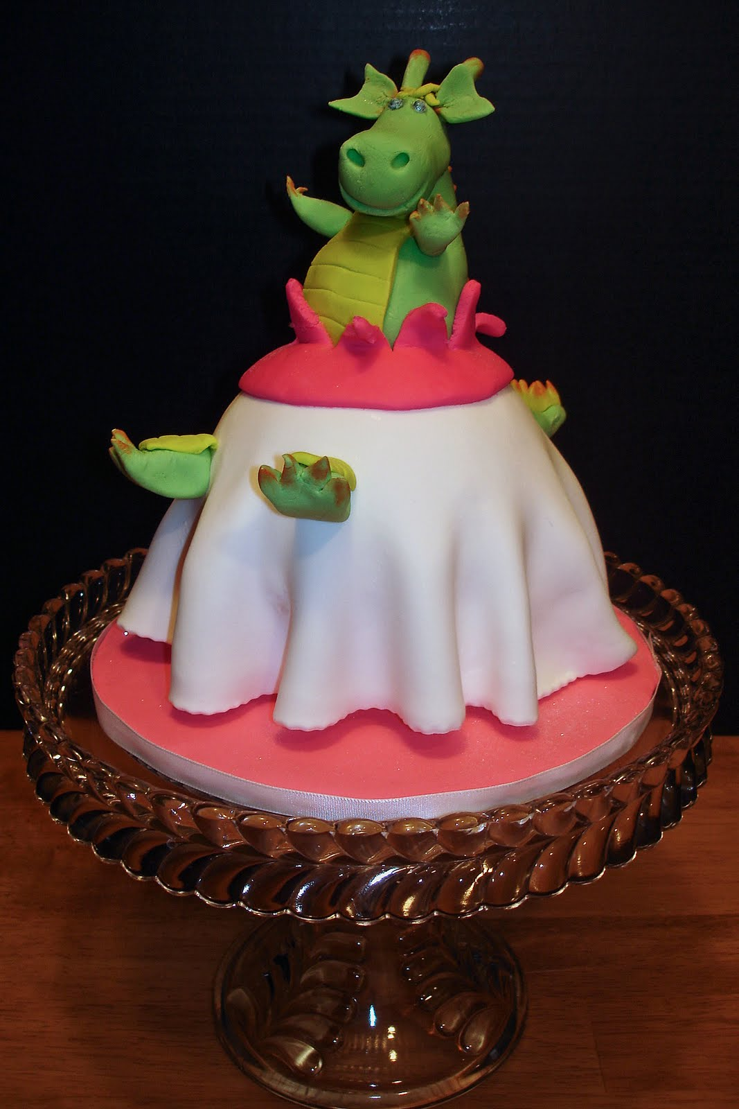 Dragon Cake Wedding