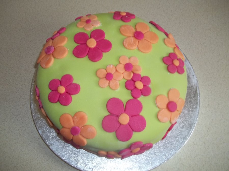 Cake Decoration In Flowers : Flower Cakes   Decoration Ideas Little Birthday Cakes