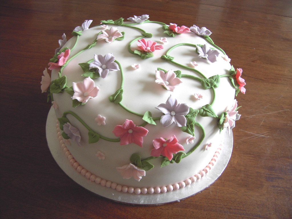 Cake Decorating : Flower Cakes   Decoration Ideas Little Birthday Cakes