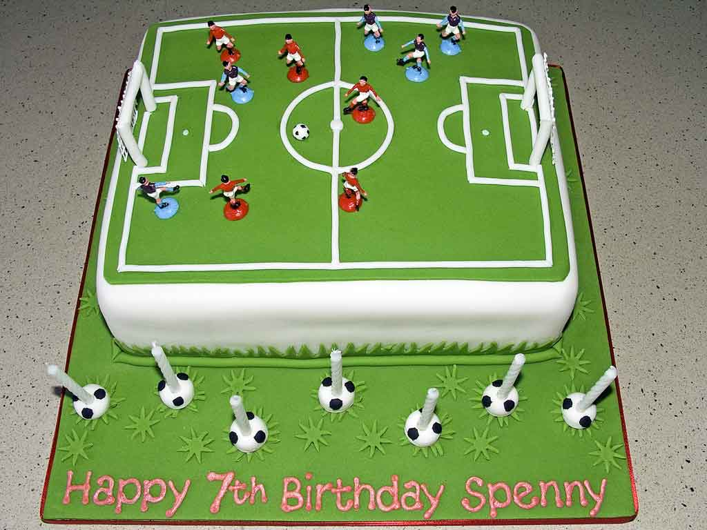 Cake Decorated Like Football Field : Football Cakes   Decoration Ideas Little Birthday Cakes