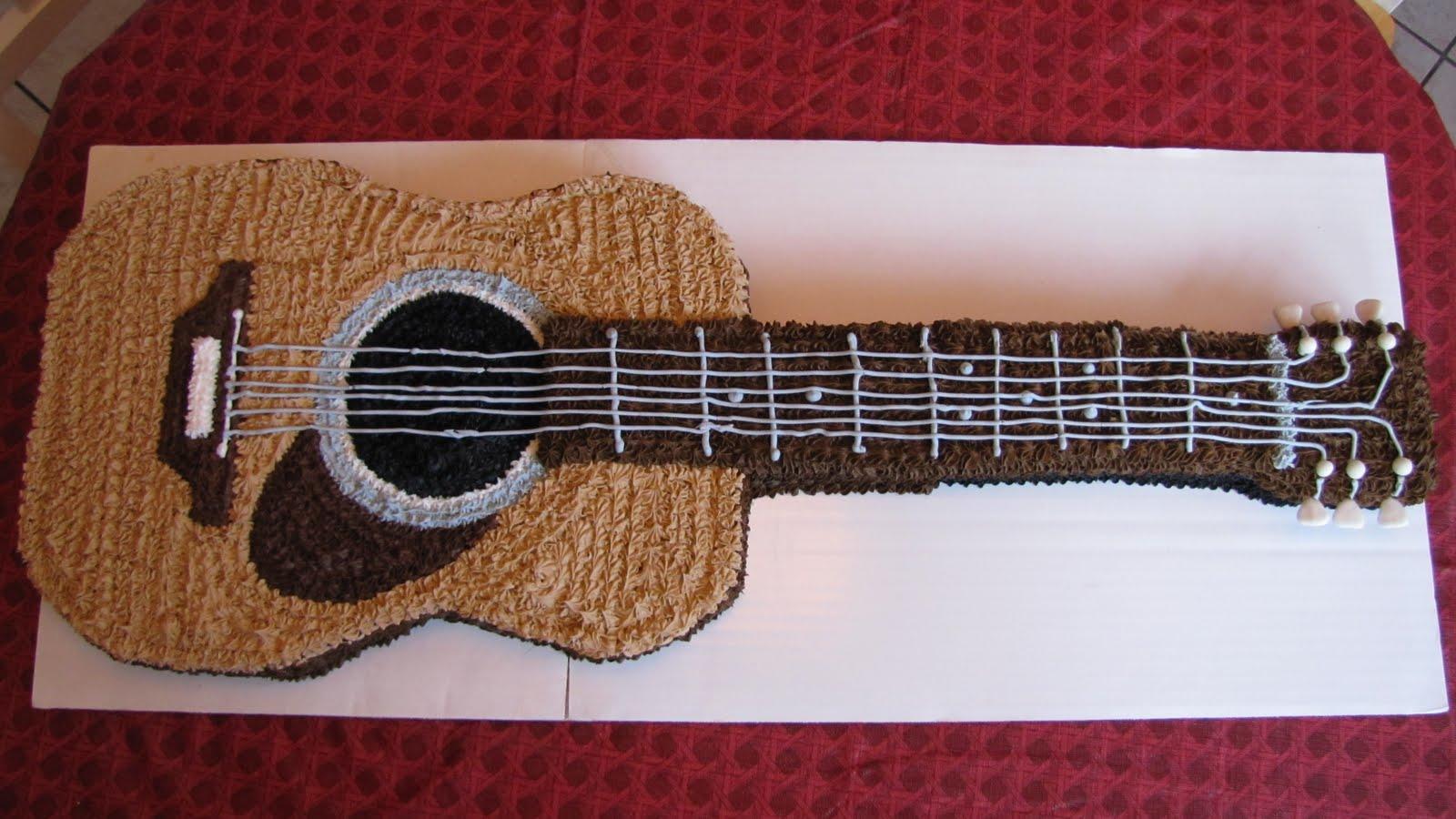 Guitar-Cake-Pan.jpg