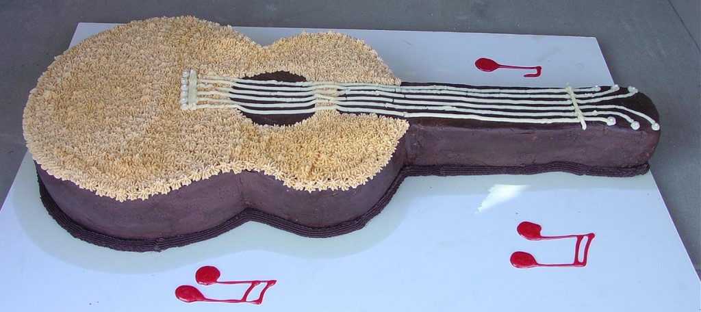 Guitar Cake Photos