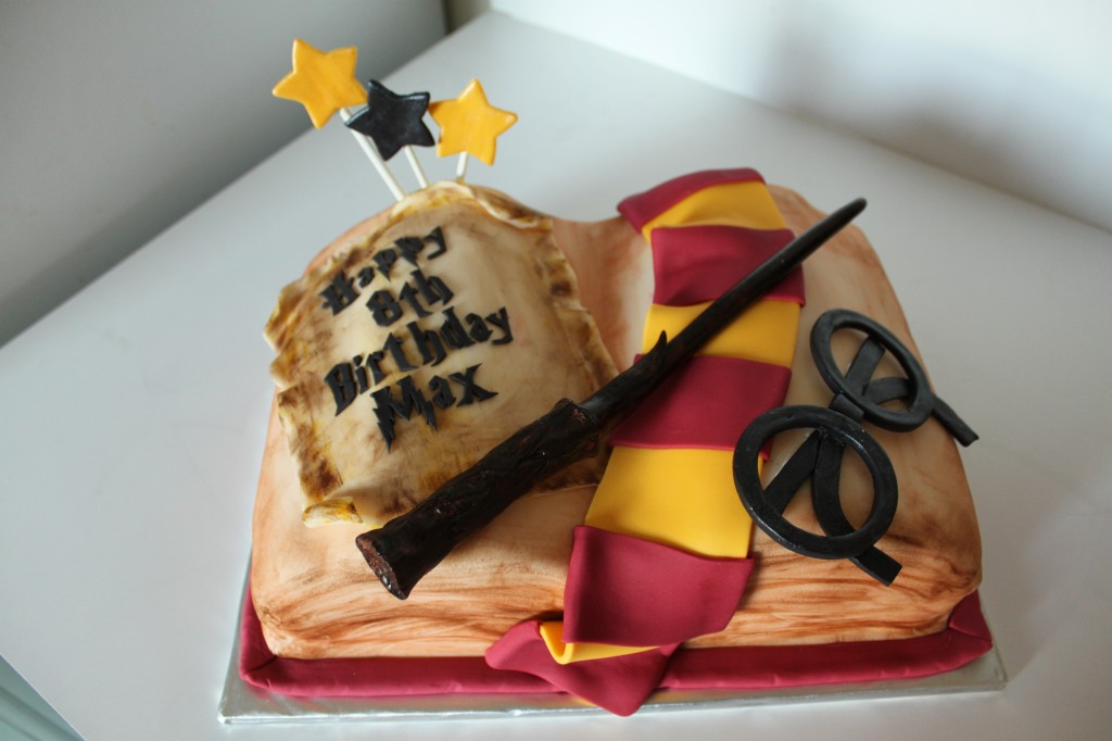 Cake Designs Harry Potter : Harry Potter Cakes   Decoration Ideas Little Birthday Cakes