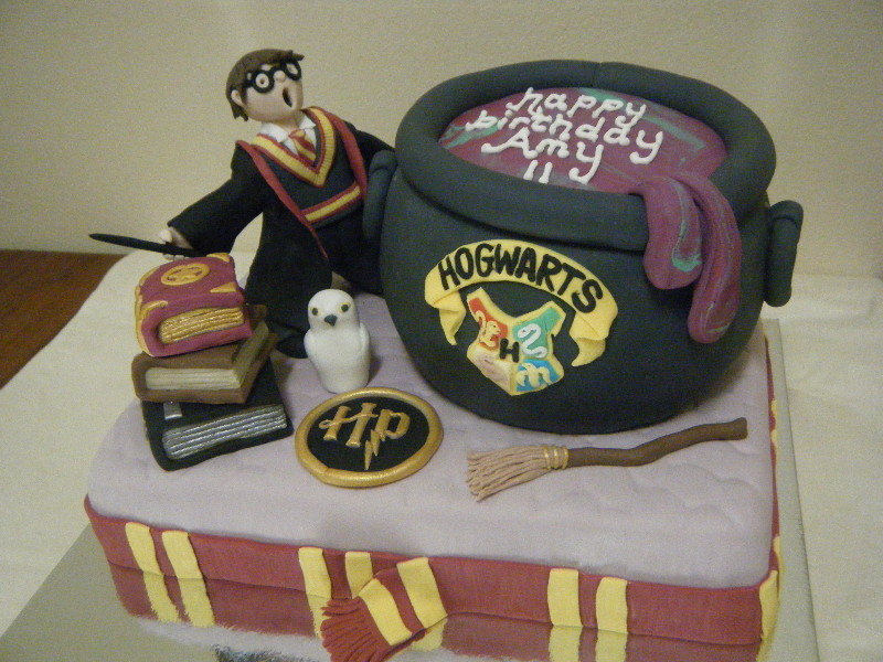 Birthday Cake Ideas Harry Potter : Harry Potter Cakes   Decoration Ideas Little Birthday Cakes