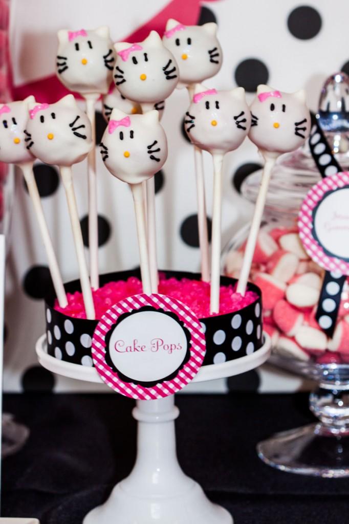 Hello Kitty Cake Pops