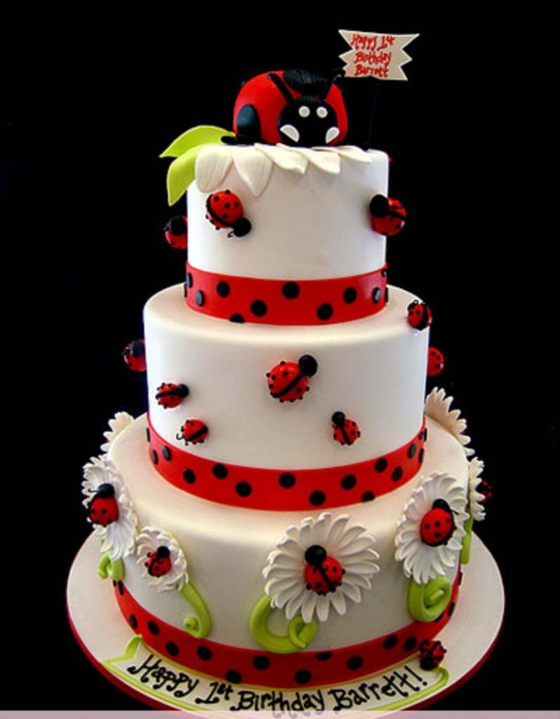Ladybugs Cakes
