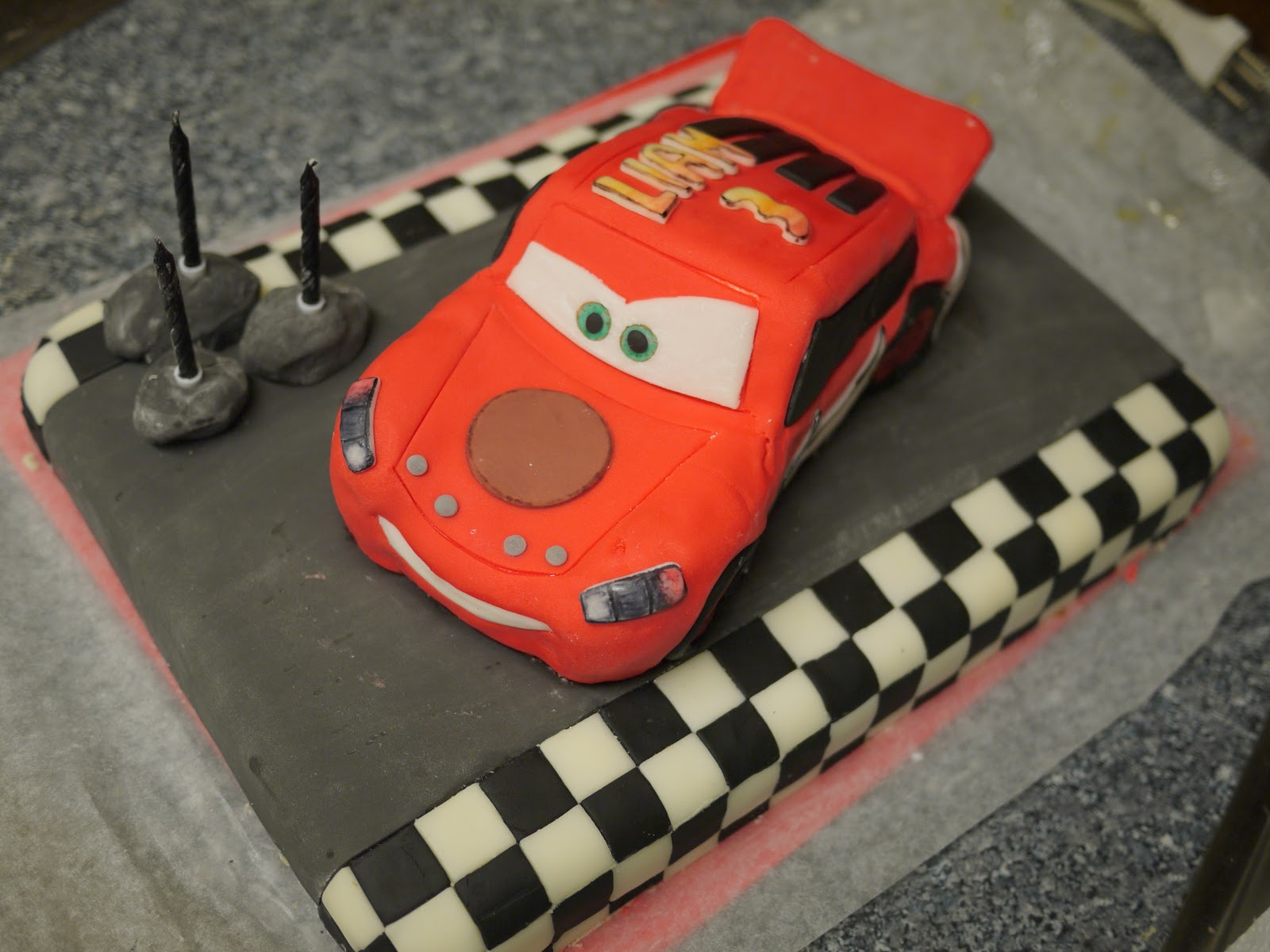 Mcqueen Car Cake Decoration : Lightning Mcqueen Cakes   Decoration Ideas Little ...