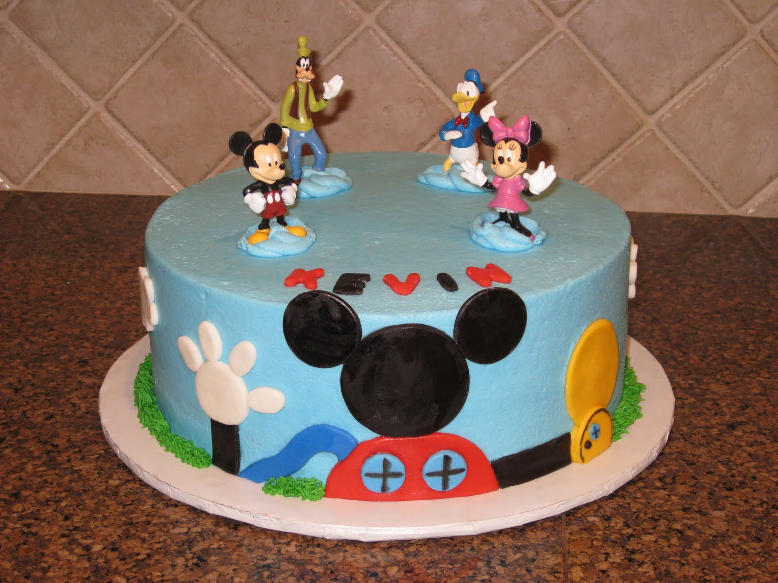 Mickey Mouse Images For Cake : Mickey Mouse Cake   Decoration Ideas Little Birthday Cakes