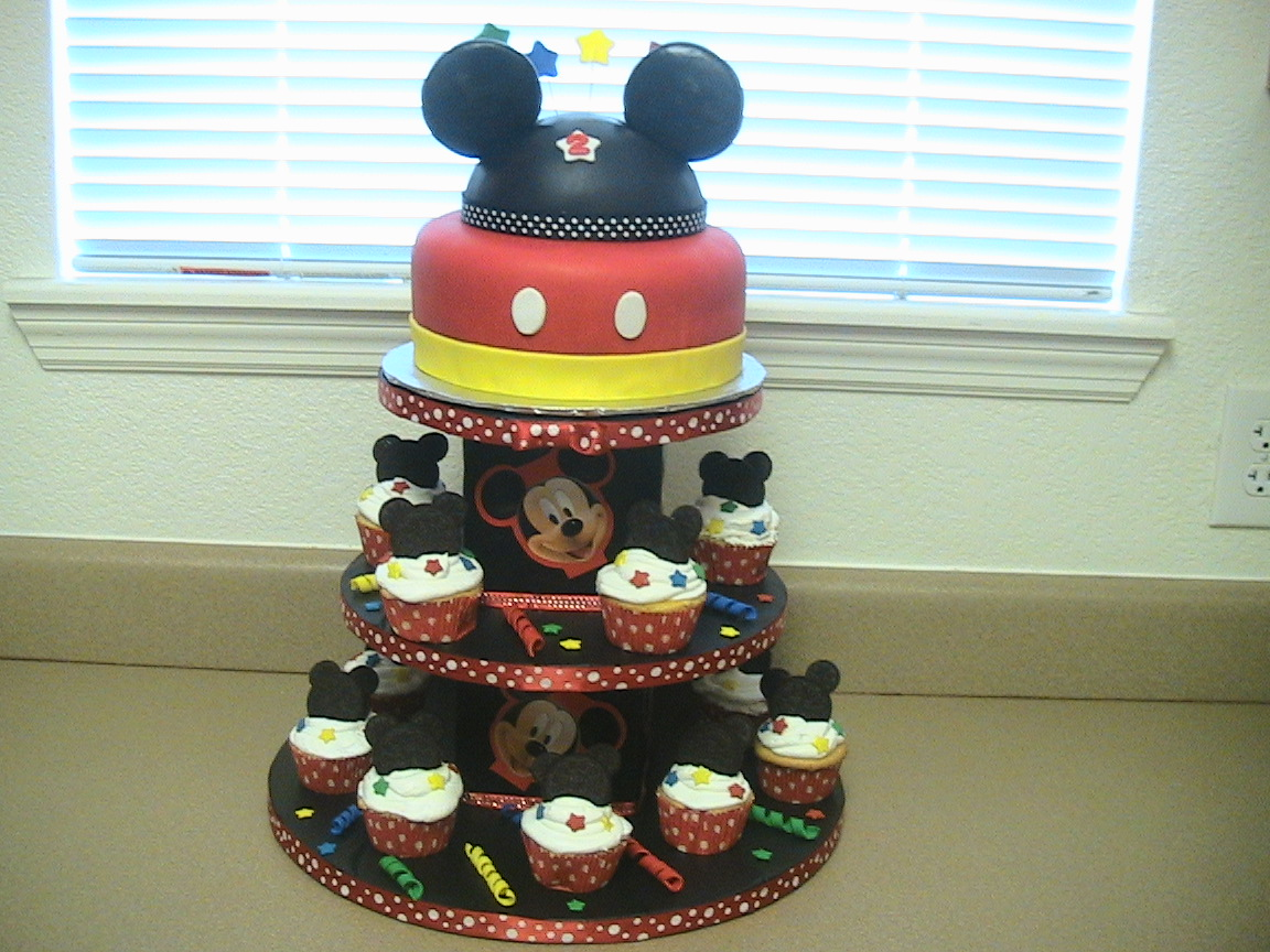 Birthday Cake Ideas With Cupcakes : Mickey Mouse Cake   Decoration Ideas Little Birthday Cakes