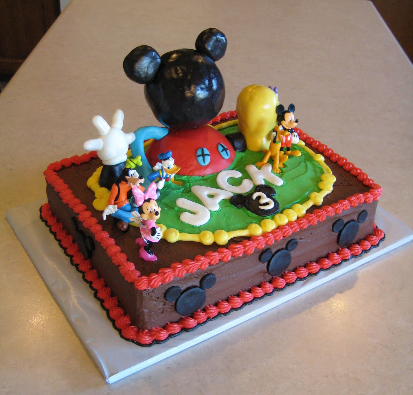Mickey and Minnie Mouse Cakes mickey mouse birthday cake on heb birthday cakes bakery