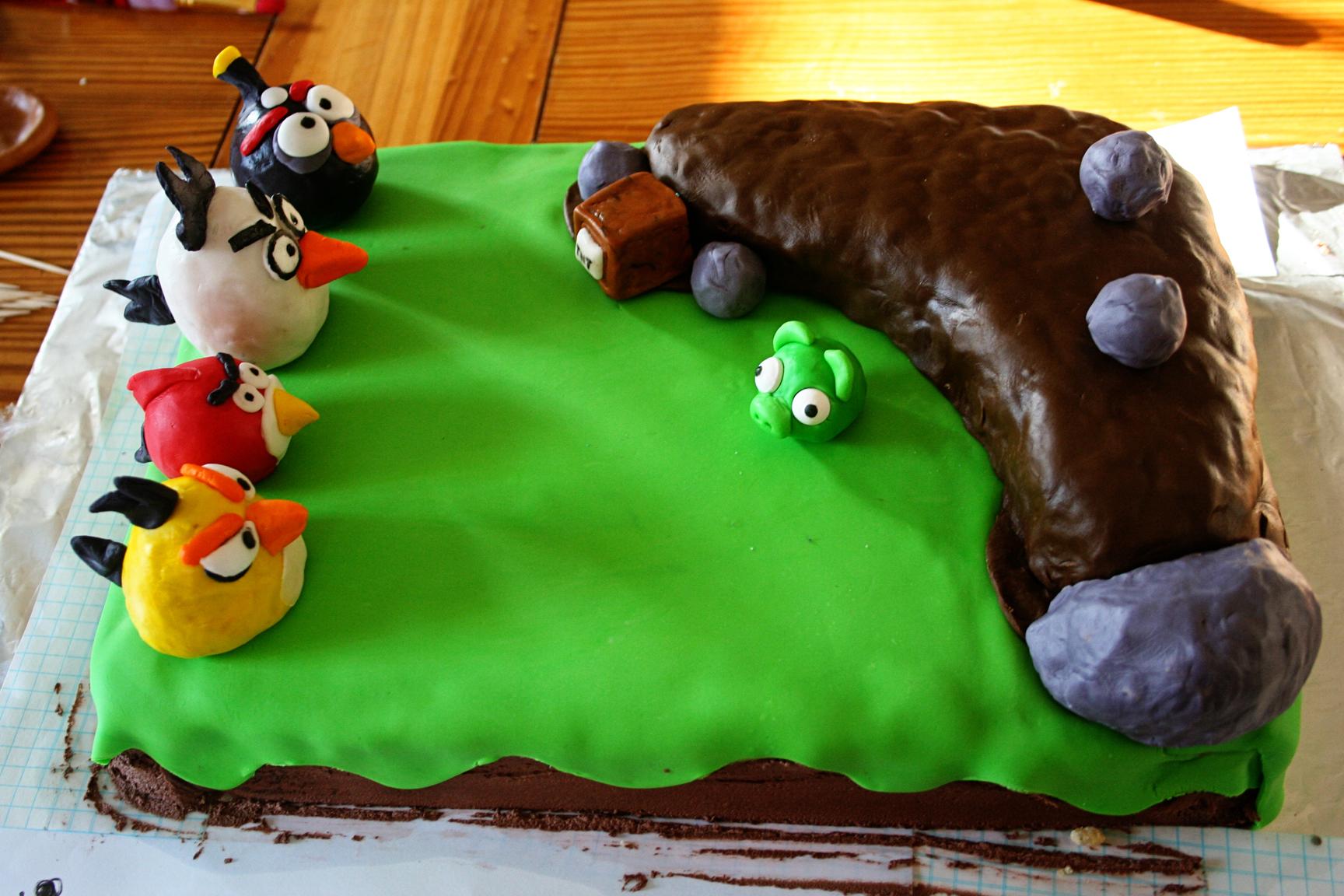 angry birds cakes  u2013 decoration ideas