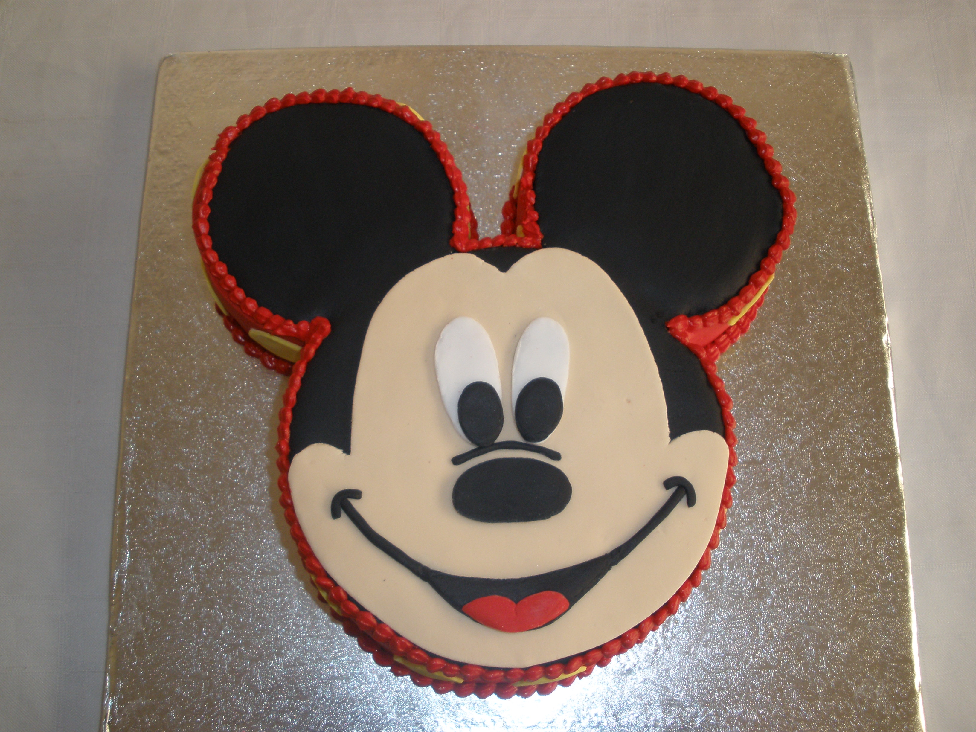 Pictures Of Mickey Mouse Face Cakes : Mickey Mouse Face Cake www.pixshark.com - Images ...