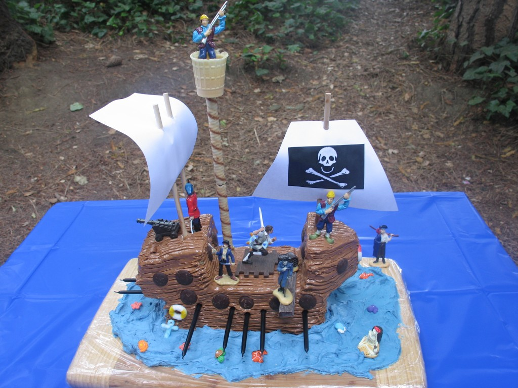 Pirate Ship Cake Kit