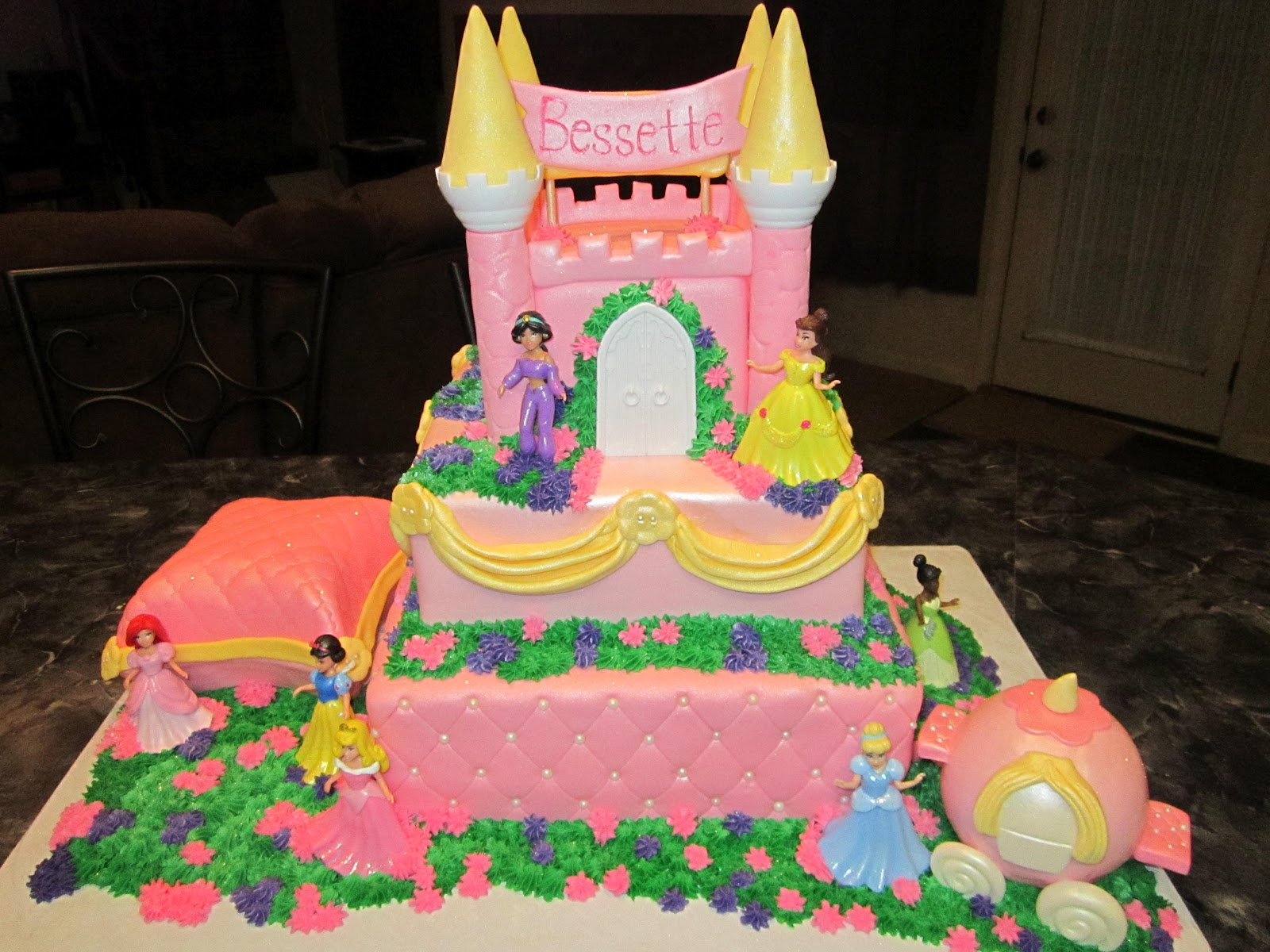 Princess Castle Birthday Cake & Castle Cakes u2013 Decoration Ideas | Little Birthday Cakes
