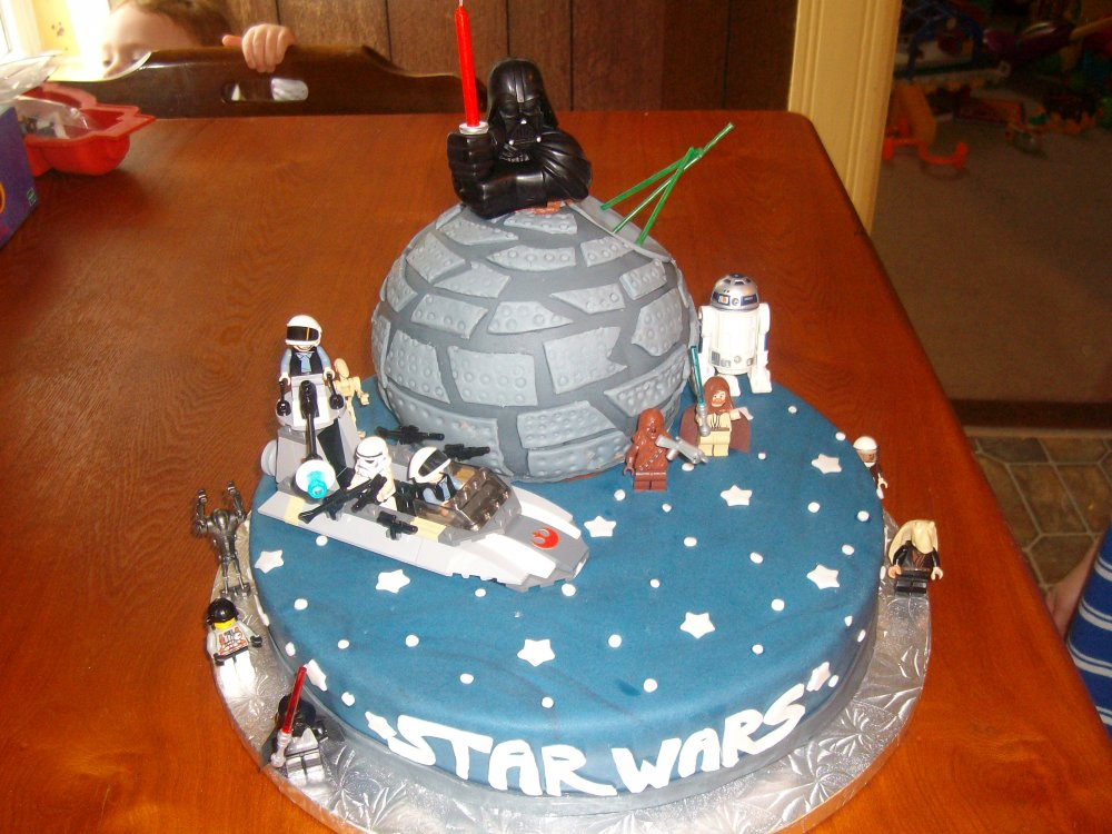 Star Wars Cakes – Decoration Ideas | Little Birthday Cakes