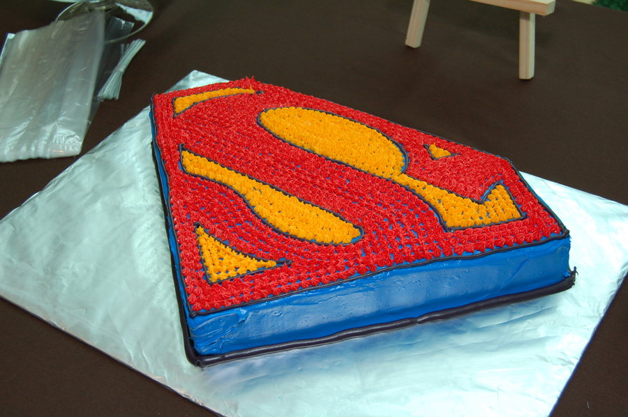 Superman Symbol Cake Pan
