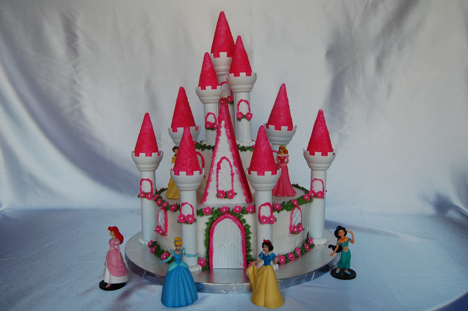 castle cakes – decoration ideas | little birthday cakes