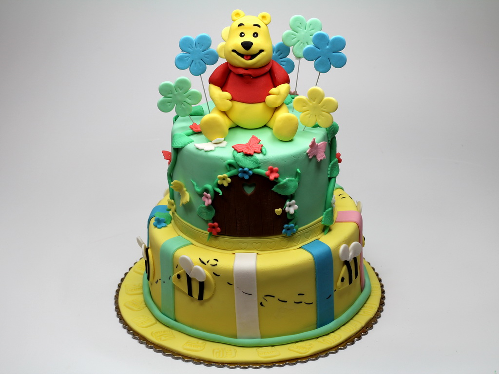 Winnie The Pooh Cakes   Decoration Ideas Little Birthday ...