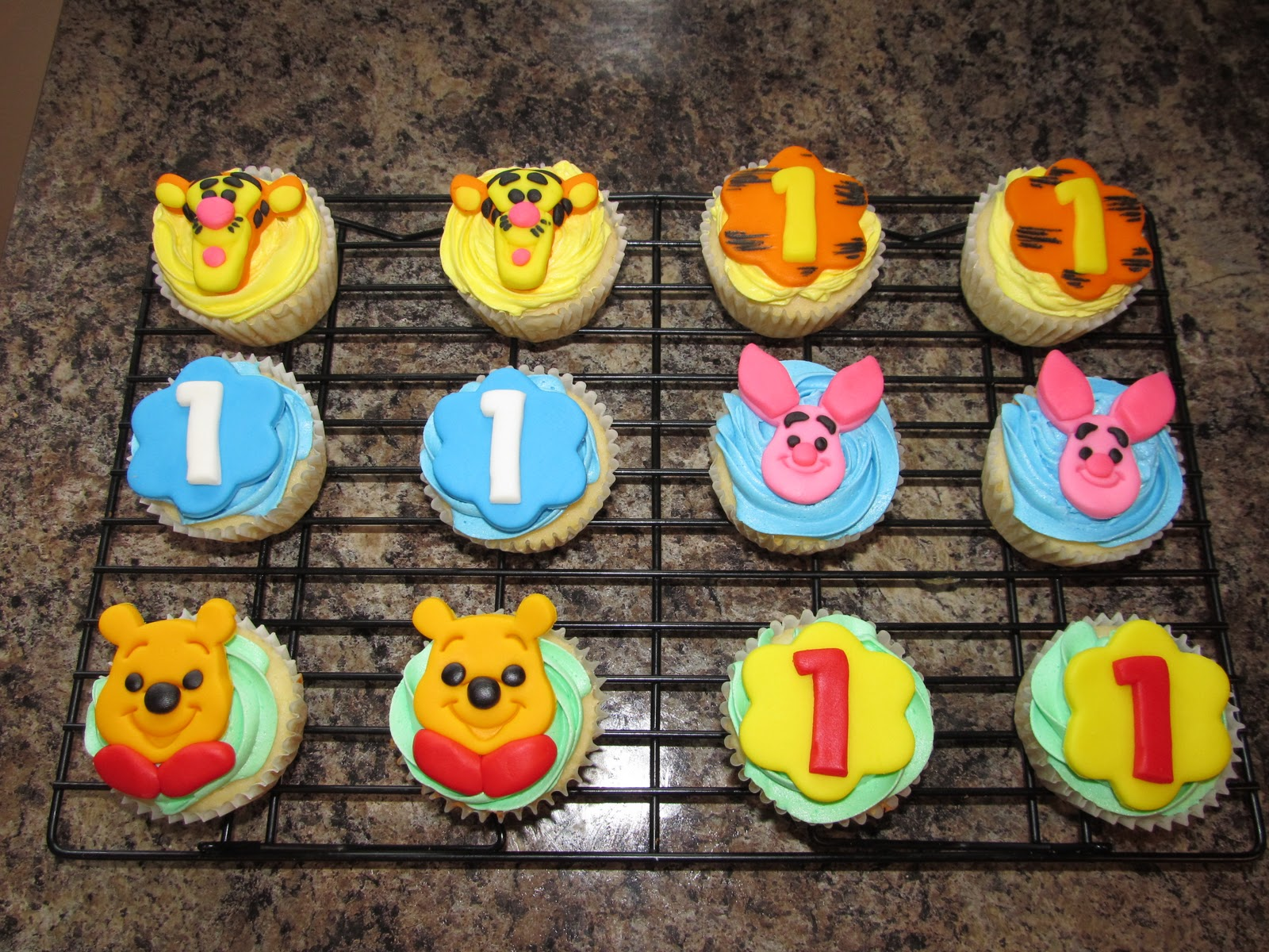 Winnie The Pooh Cakes Decoration Ideas Little Birthday