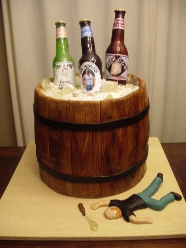 Decorating A Wine Bottle Cake