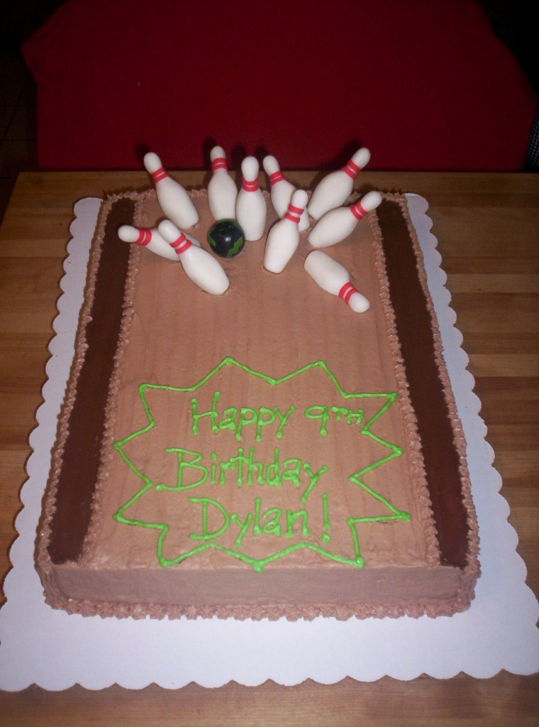 Bowling Themed Wedding Cakes