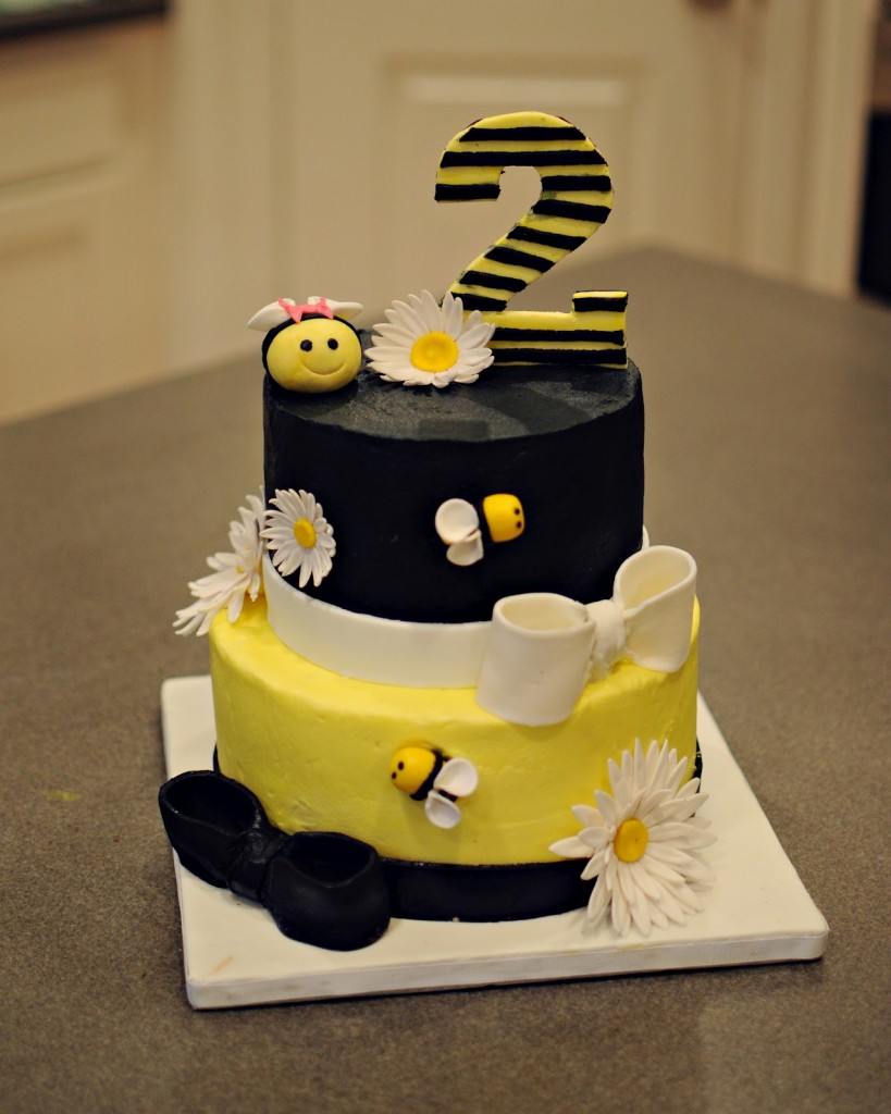 Bumble Bee Birthday Cakes