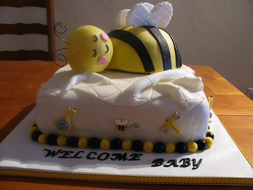 Bumble Bee Cake Pictures