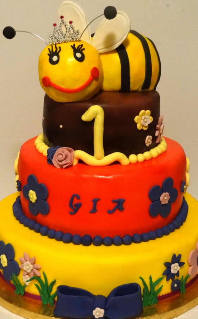 Bumble Bee Cakes Pictures