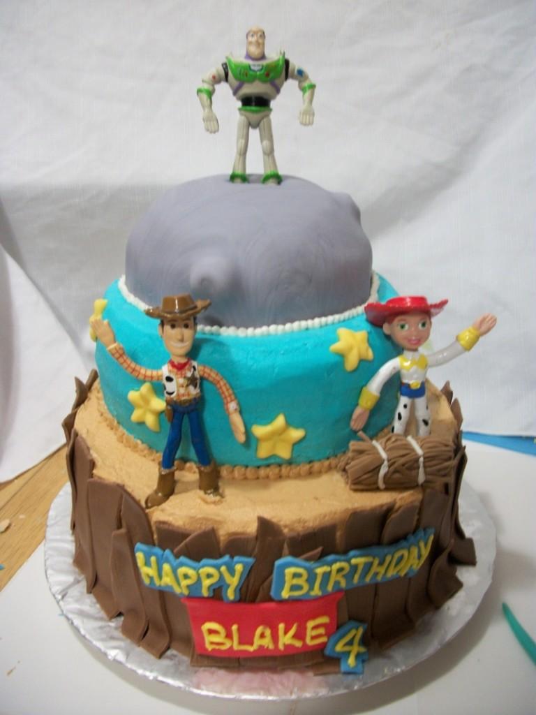 Buzz Bee Birthday Cake