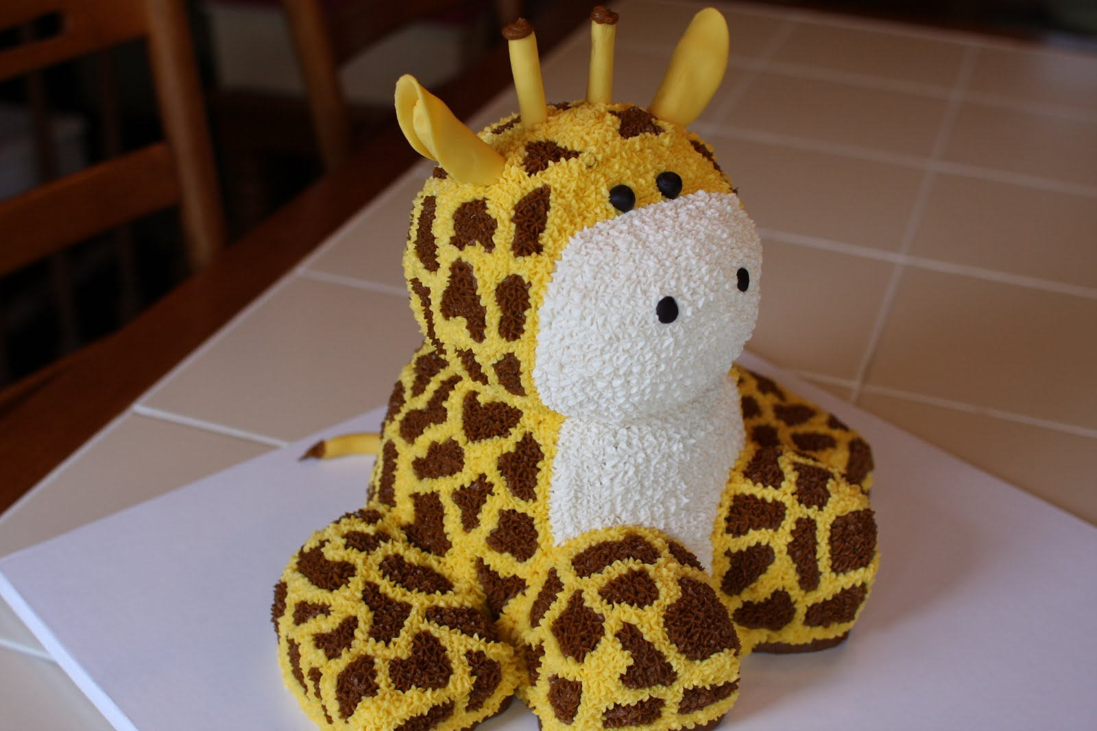 Giraffe Birthday Cake Ideas