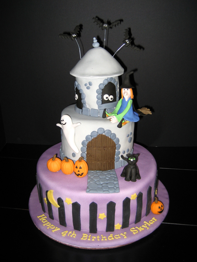 Halloween Birthday Cake Decorating Ideas : Haunted House Cakes   Decoration Ideas Little Birthday Cakes