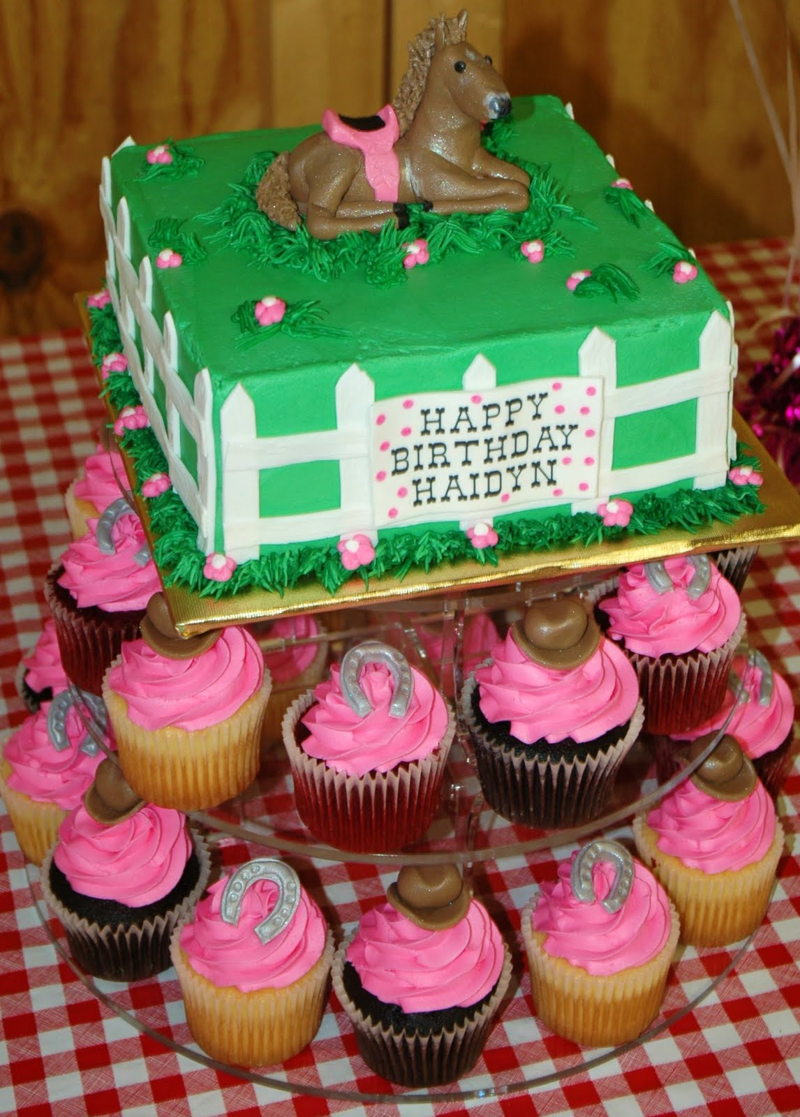 Horse Birthday Cakes - Decoration Ideas | Little Birthday ...