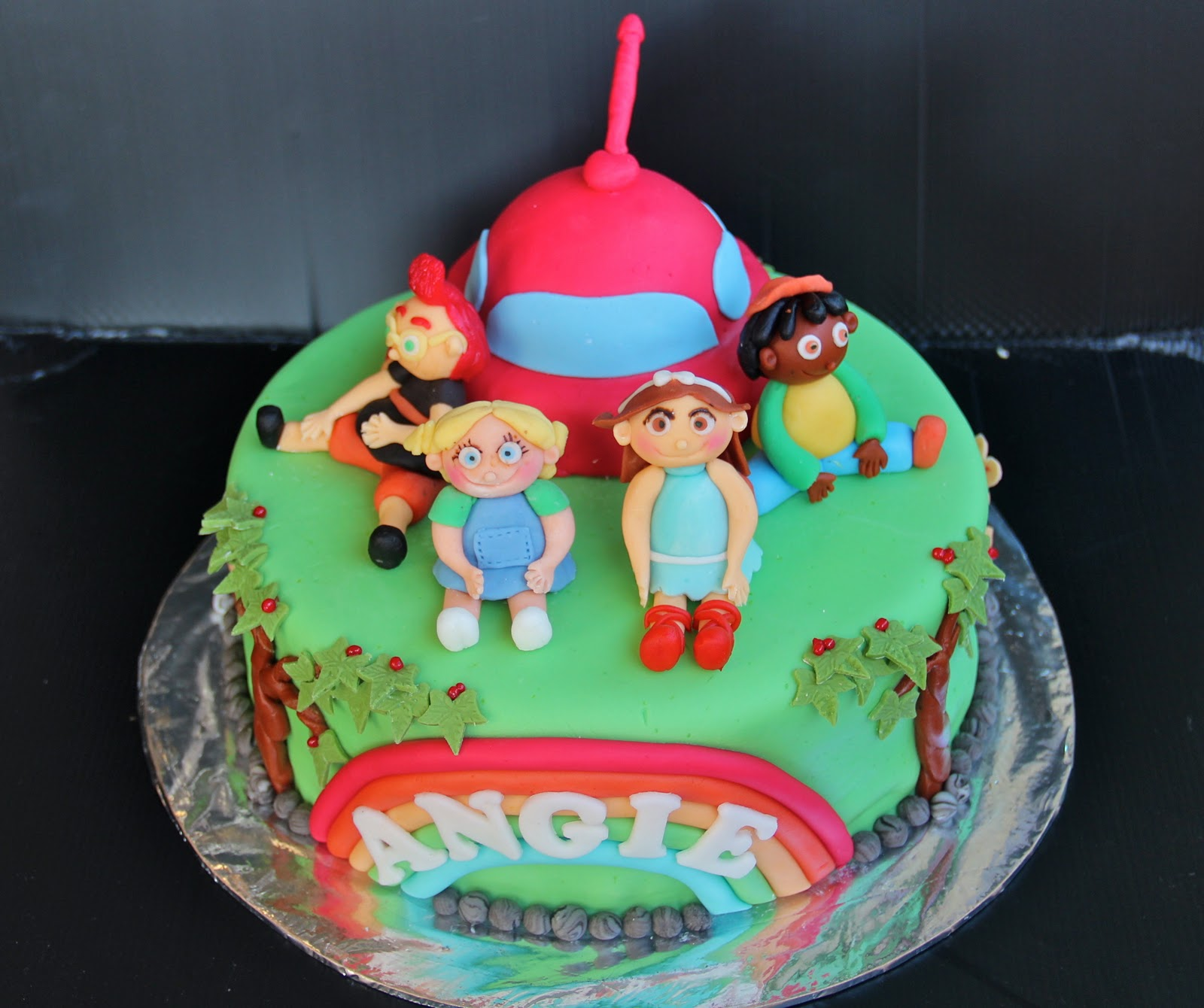 Little Einsteins Cakes – Decoration Ideas