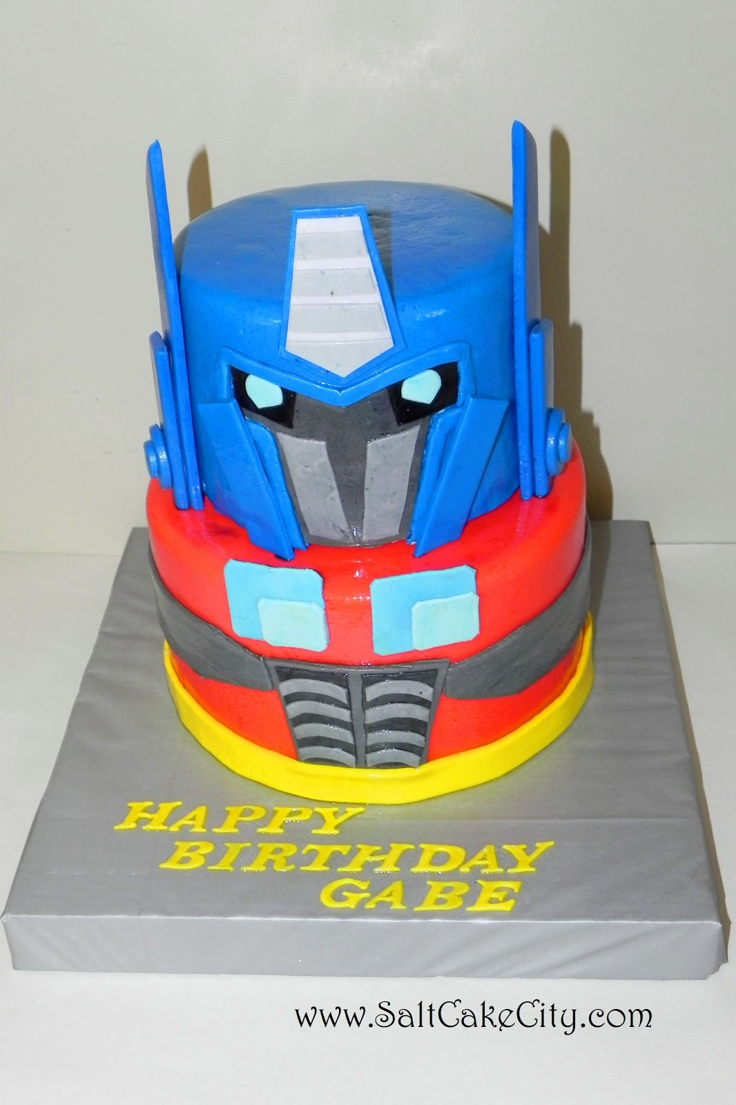 Optimus Prime Cake Decoration