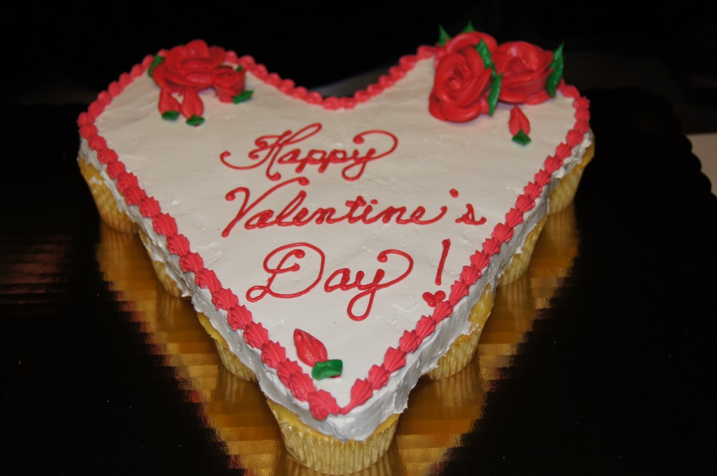 Cake Designs For Valentine S Day : Valentines Cakes   Decoration Ideas Little Birthday Cakes
