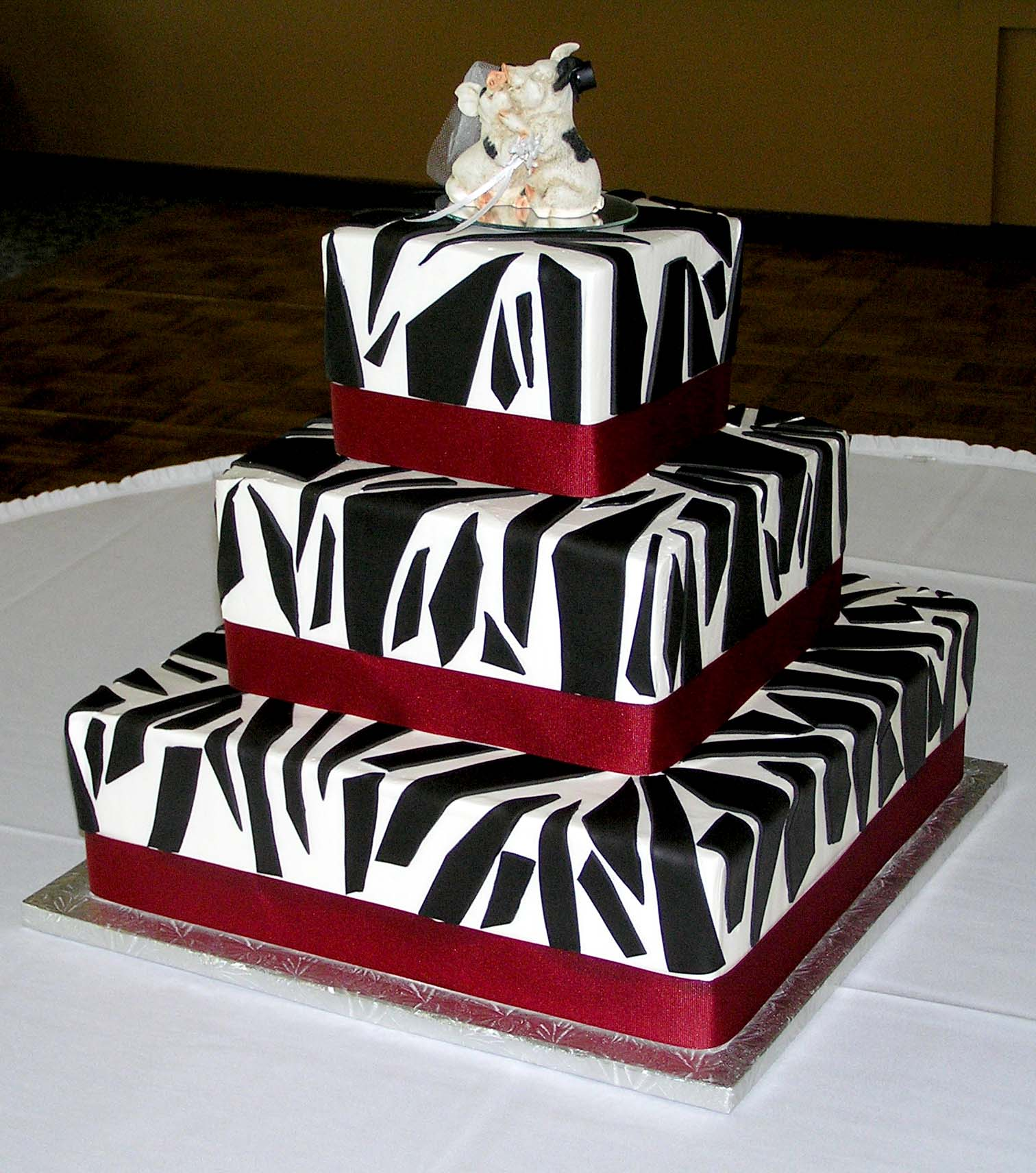 Cake Decorating Zebra Print : Zebra Cakes   Decoration Ideas Little Birthday Cakes