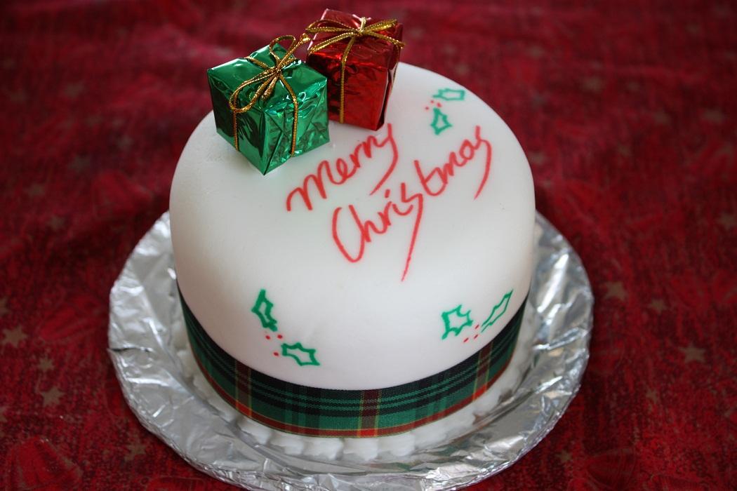 Christmas Cakes – Decoration Ideas | Little Birthday Cakes
