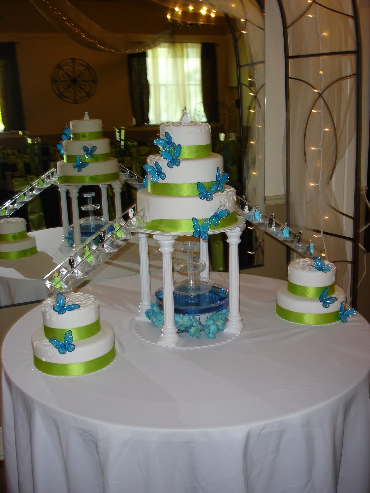 Quinceanera Cakes   Decoration Ideas Little Birthday Cakes