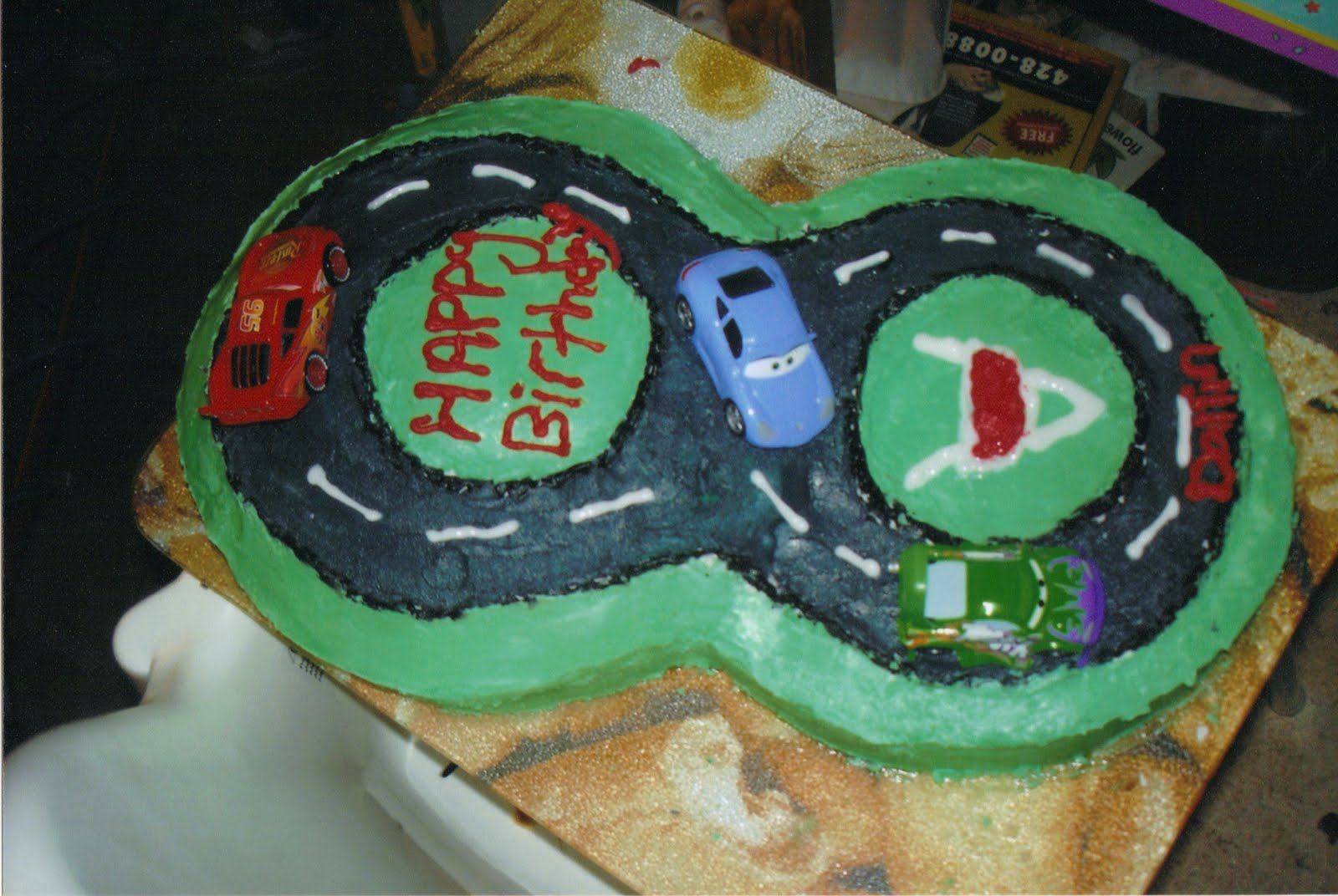 Cake Decorating Car Race Track : Track And Football Cakes Ideas 21465 Cars Race Track Cake