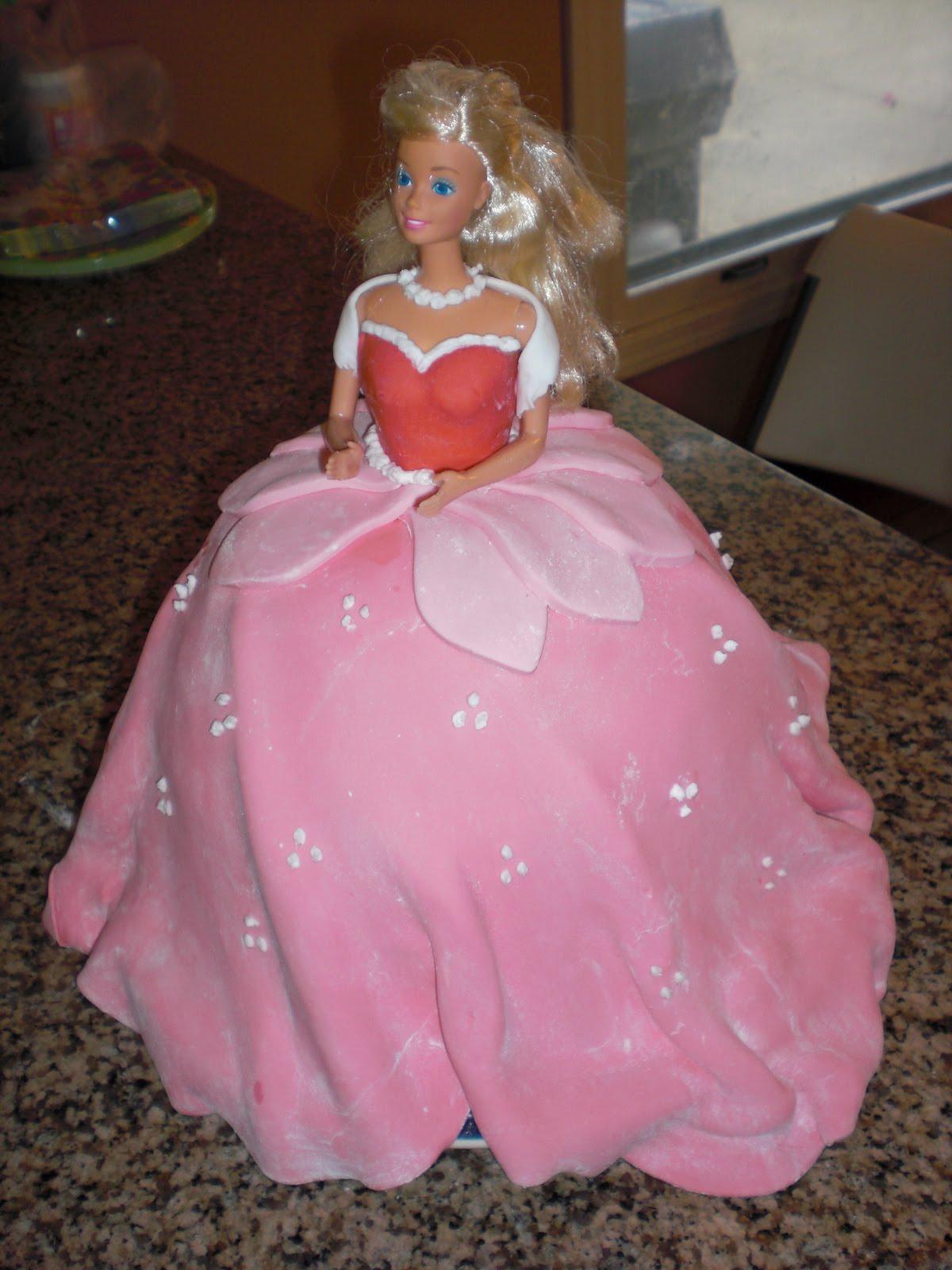 Sleeping Beauty Cakes – Decoration Ideas
