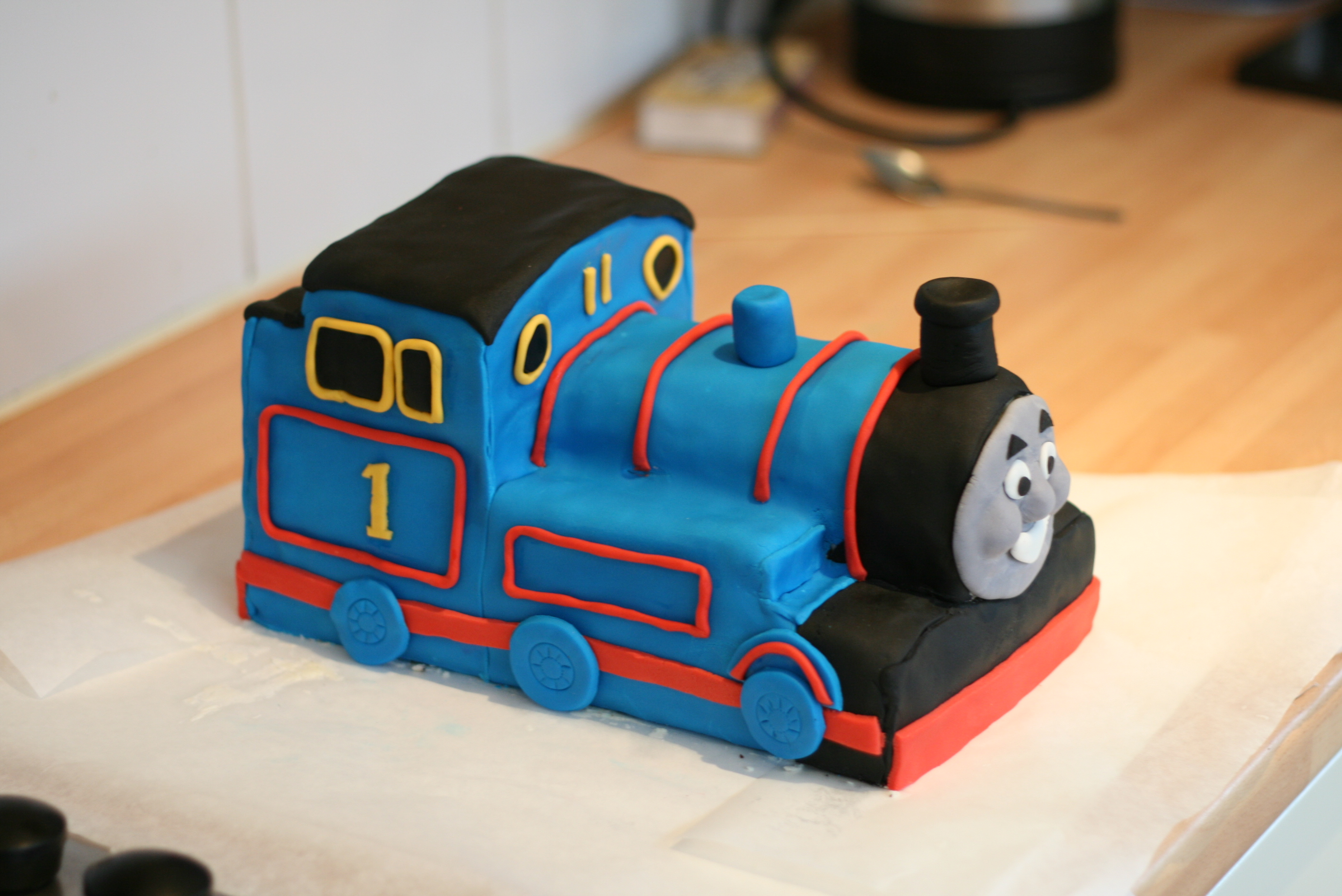 Thomas The Tank Engine Face For Cake