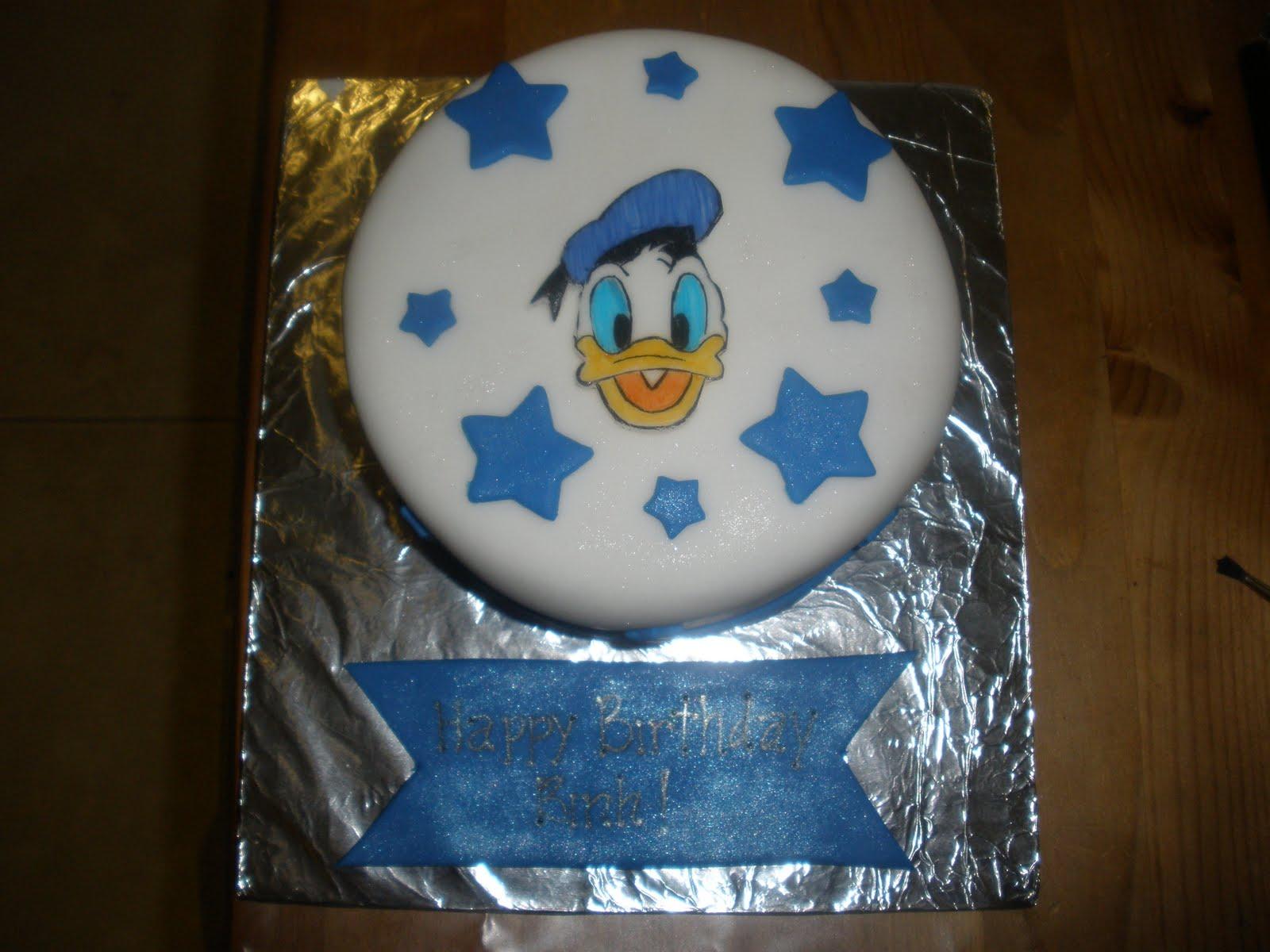 donald duck birthday cakes