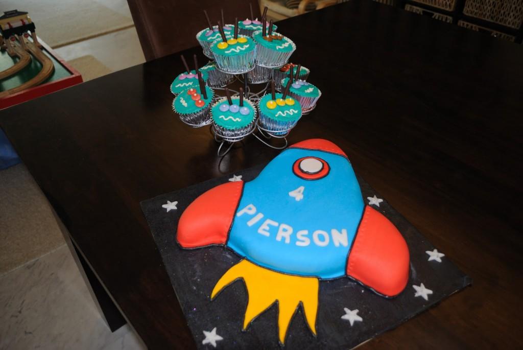Rocket Ship Cakes Ideas